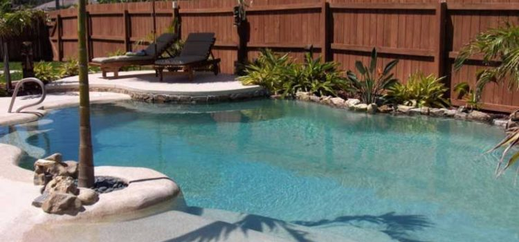 How to Build a Salt Water Pool That Will Appeal to Home Buyers